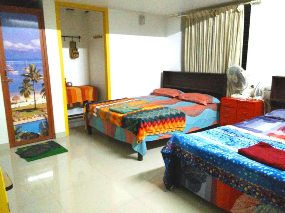 3人部屋 room