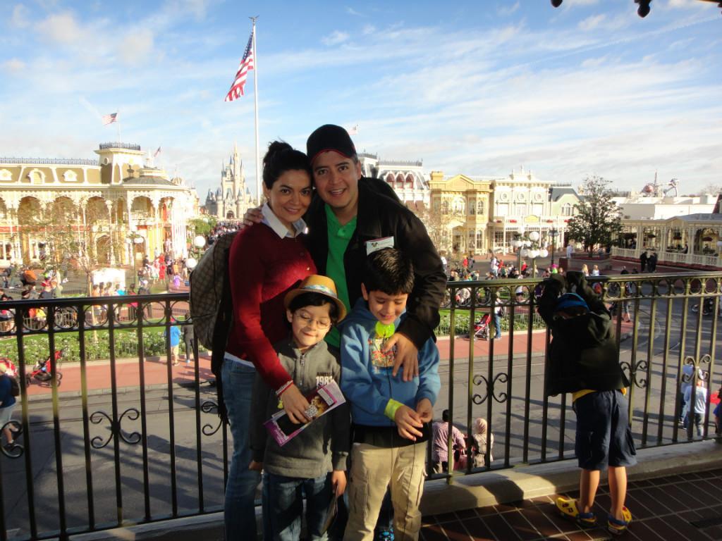 Homestay family Carlos