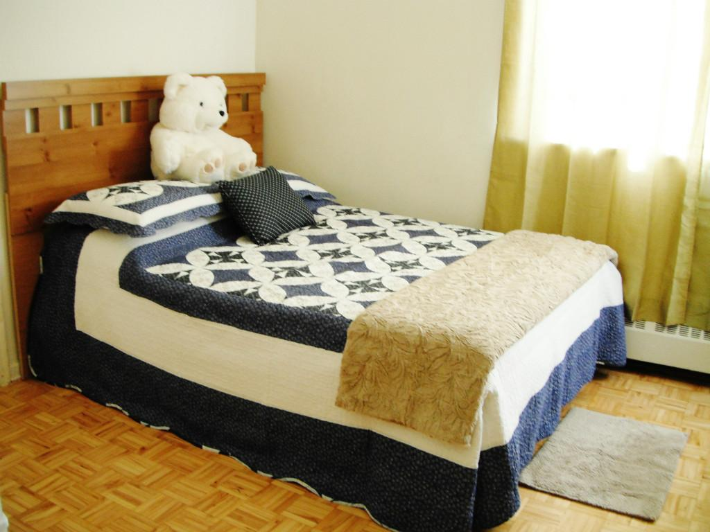 One double bed room